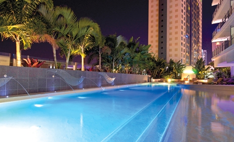 Hotel facilities include an outdoor heated pool.